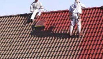 halverwege coaten van het dak